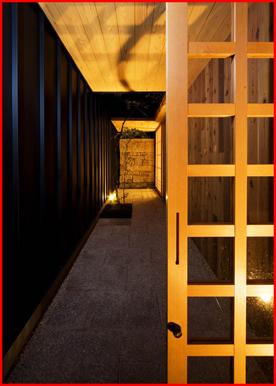ツジデザイン 一級建築設 計事務所の和モダン住宅の写真