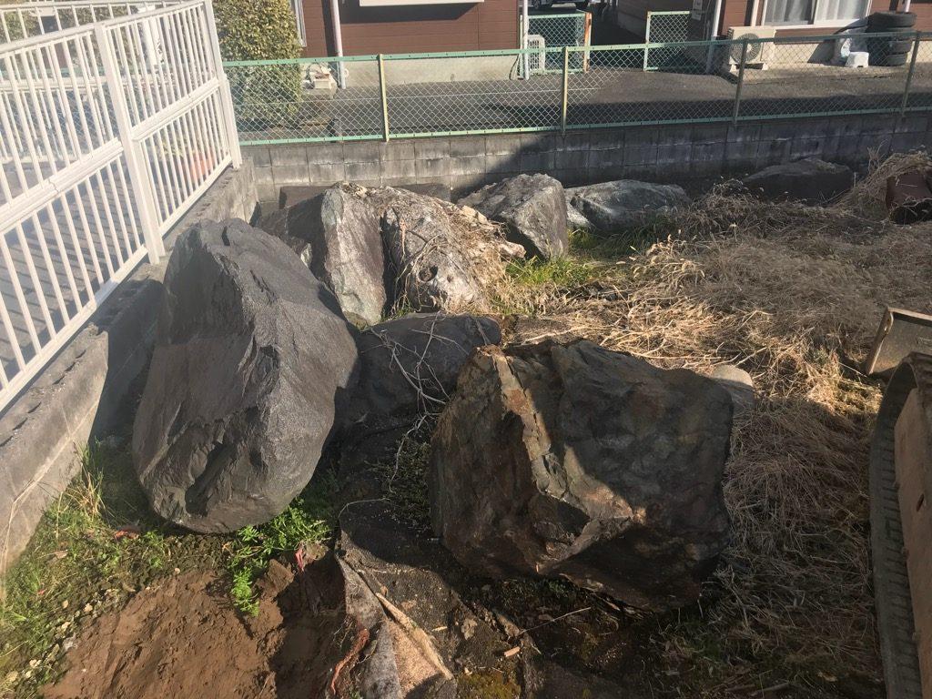 約5t分の庭石があります