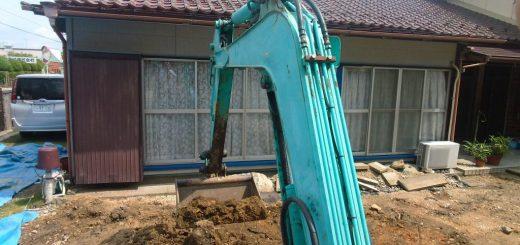 余分な土を削っていきます