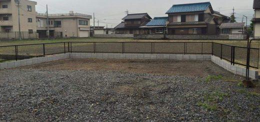 アルミ製の形状フェンス