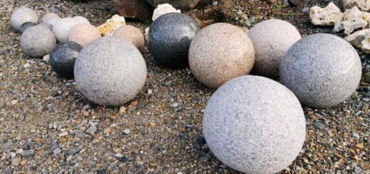ボールストーン 球状に加工された石